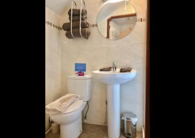 Virginia Cottage Devon - Bathroom Sink - Little Dunley Cottages
