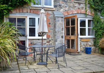 Wisteria Cottage Devon - Patio Area - Little Dunley Cottages